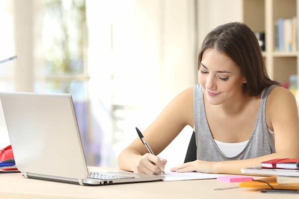 Oficina de Redação - método de escrita e reescrita