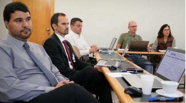 Grupo de trabalho debate ações para promover o capital humano da CNEC