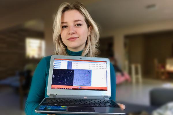 Ex-aluna cenecista descobre 7 asteroides